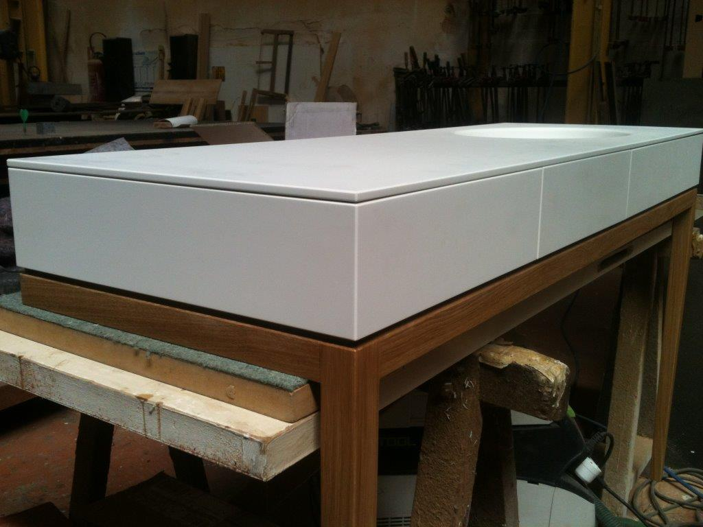 Meuble Corian Sur Mesure meuble salle de bain sur mesure – chene et corian – design